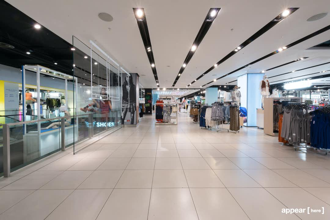 Topshop Oxford Circus – Glass Space