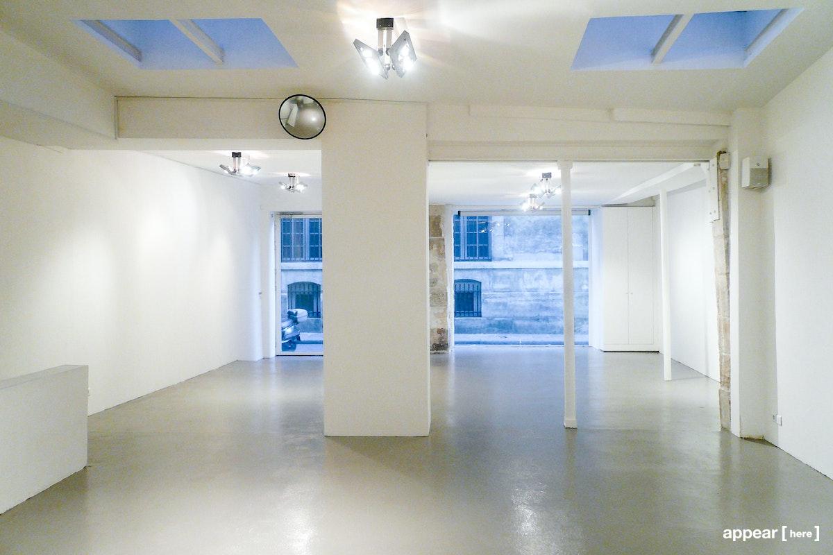 Galerie Odile Ouizeman, Paris - interior