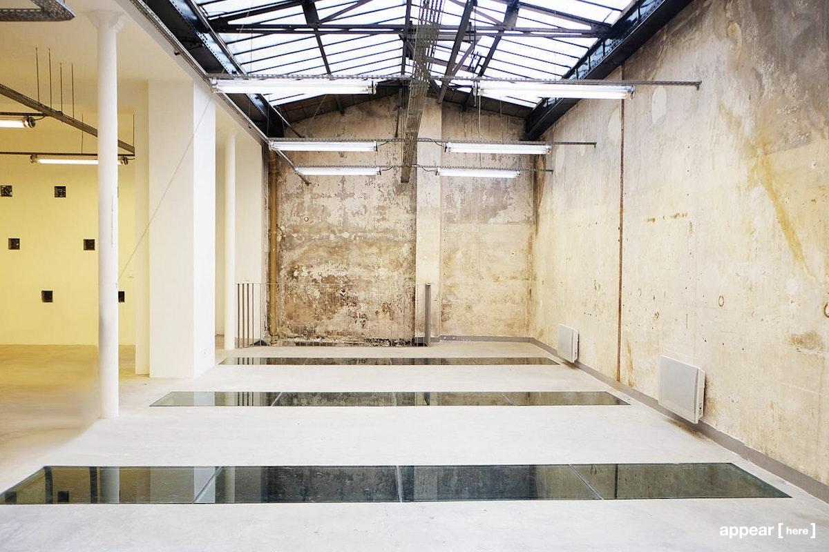 Galerie Joseph - Fille du Calvaire, Paris - intérieur