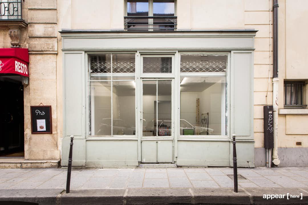 Rue Saint Gilles Studio - shop front exterior