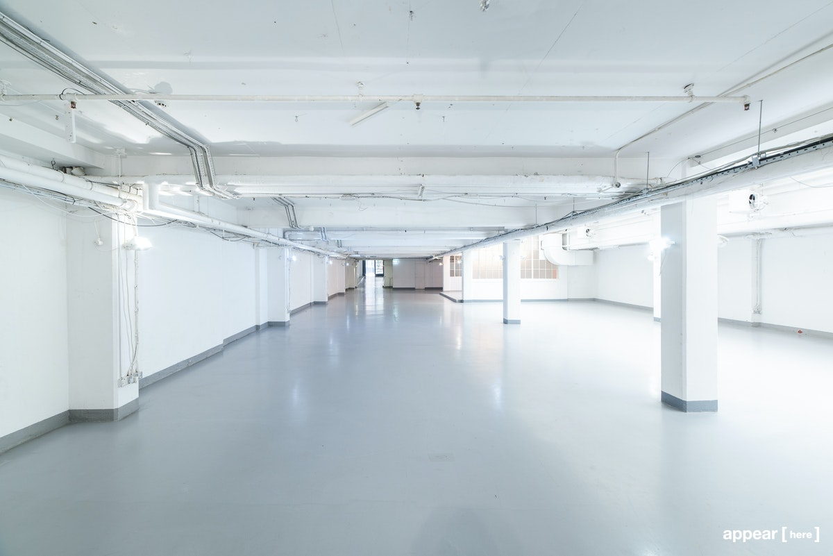 Industrial Soho Gallery - interior