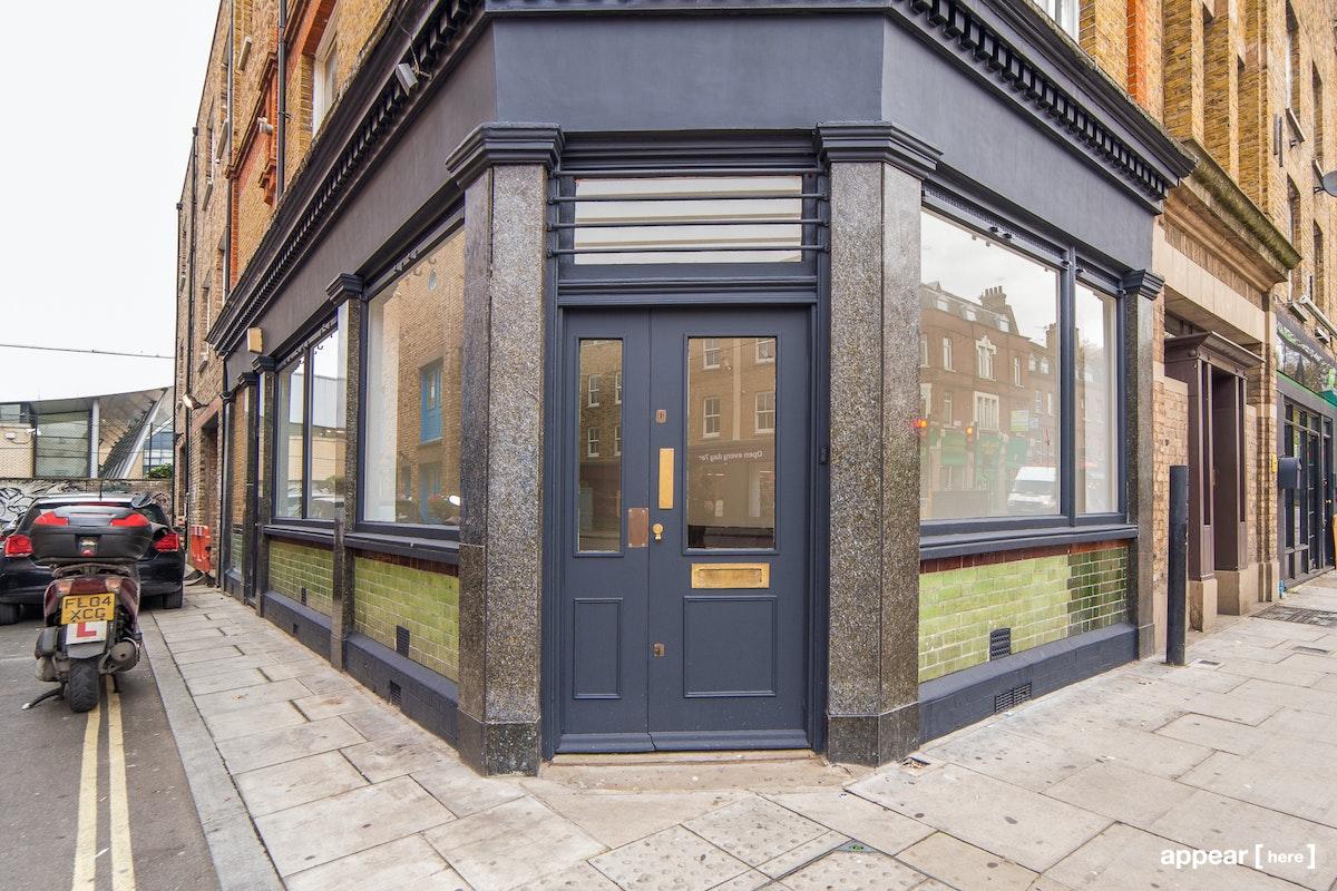 Kingsland Road shop - exterior