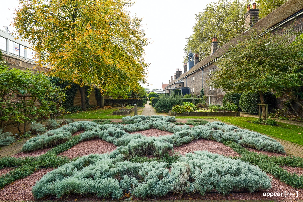 Kingsland Road Period Gardens, London