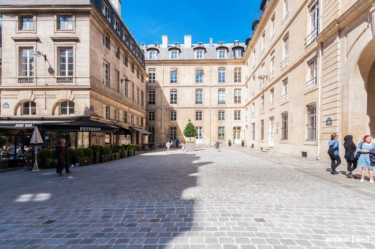 4, Place de Valois