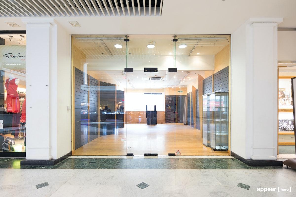 Whiteleys Shopping Centre - Unit 33