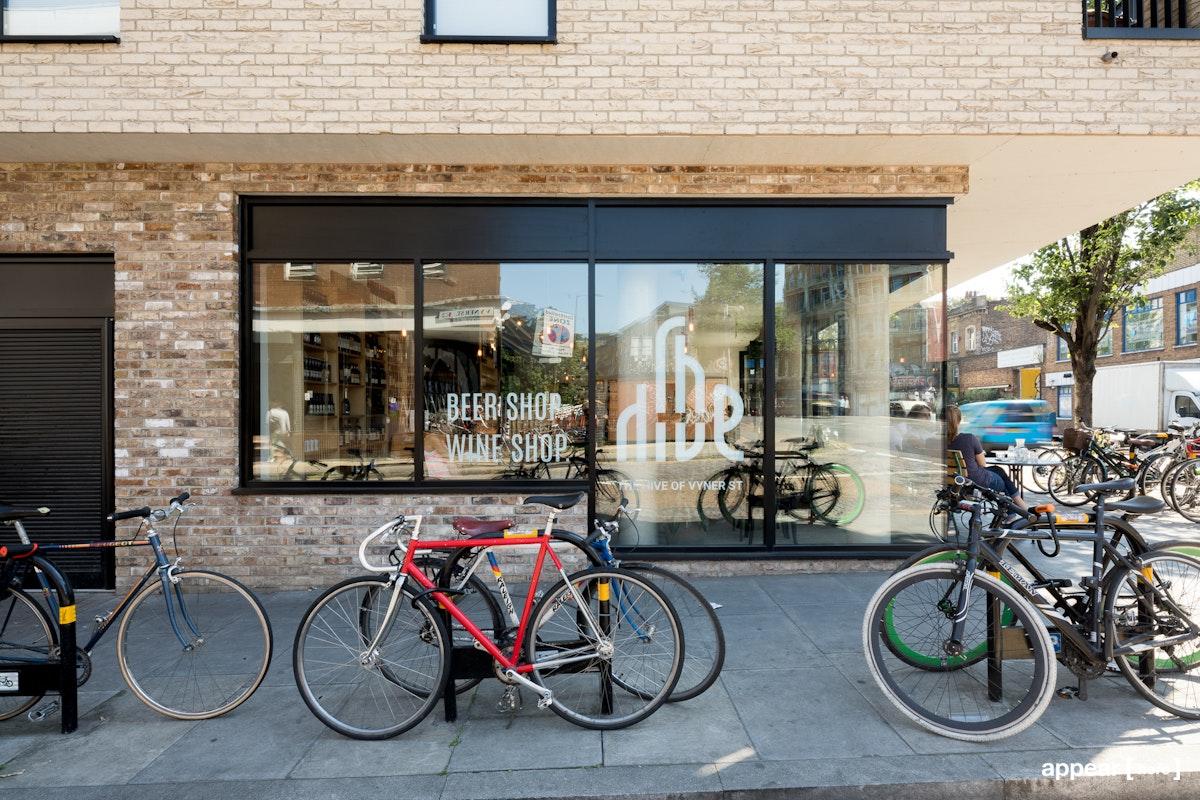 Contemporary Cafe Space - Cambridge Heath Rd