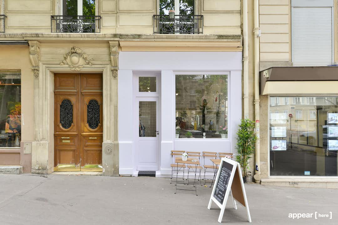 33 Avenue Trudaine, Rochechouart, Paris, 9e