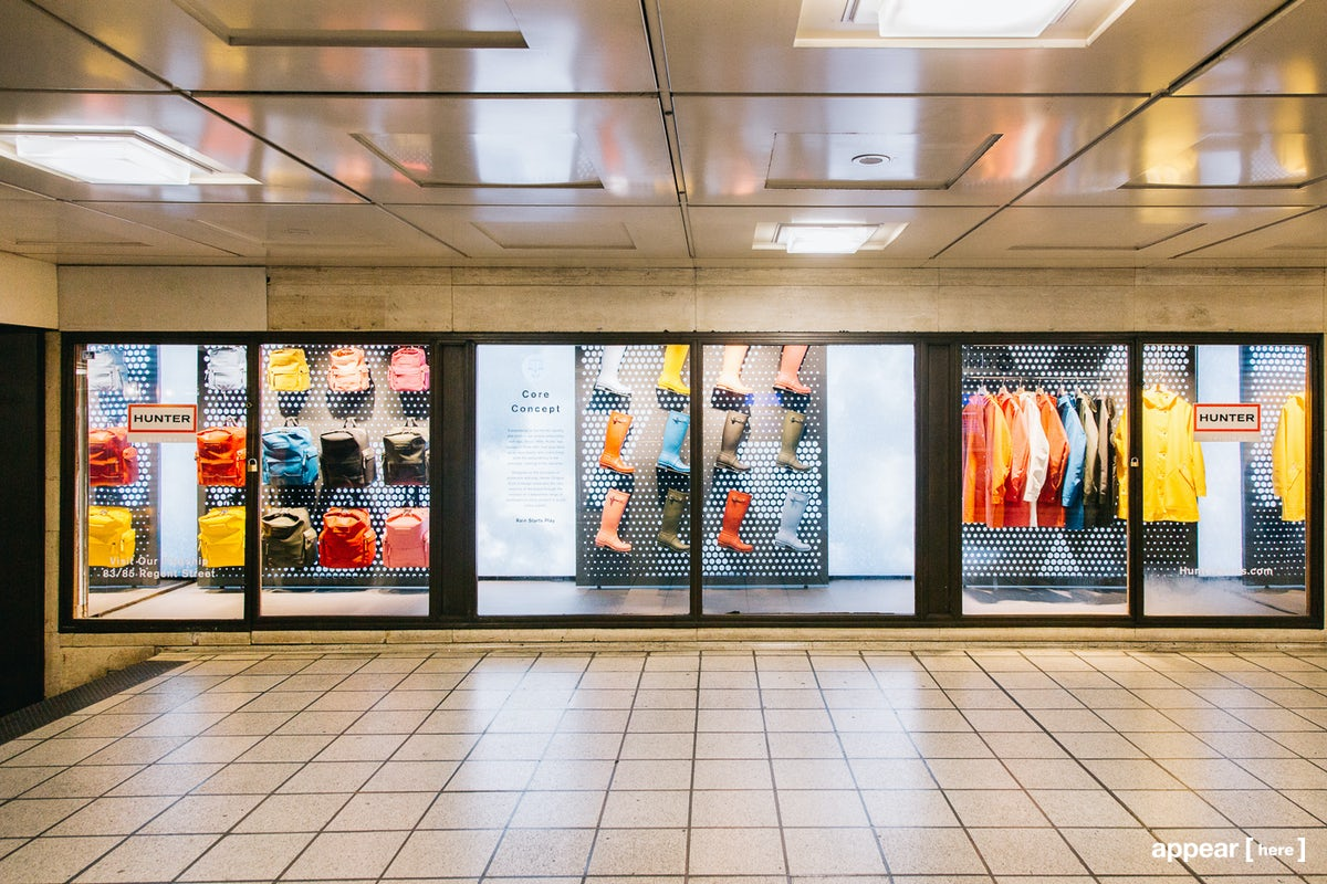 Piccadilly Circus Station - Showcase Space