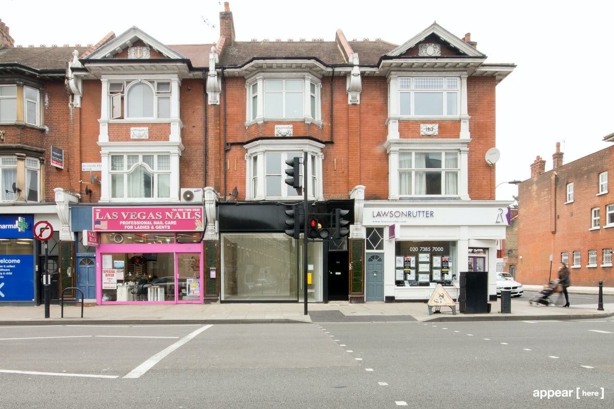 Fulham Palace Road - Black Front Shop Space