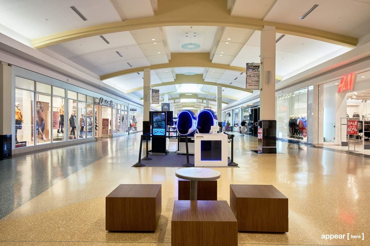 Green Acres Mall, Valley Stream - Kiosk / Booth