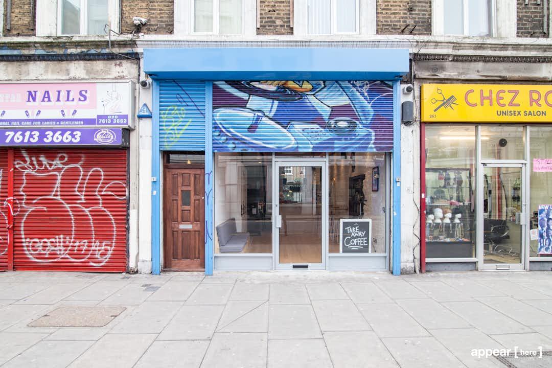 Kingsland Road - The Sky-Blue Shop