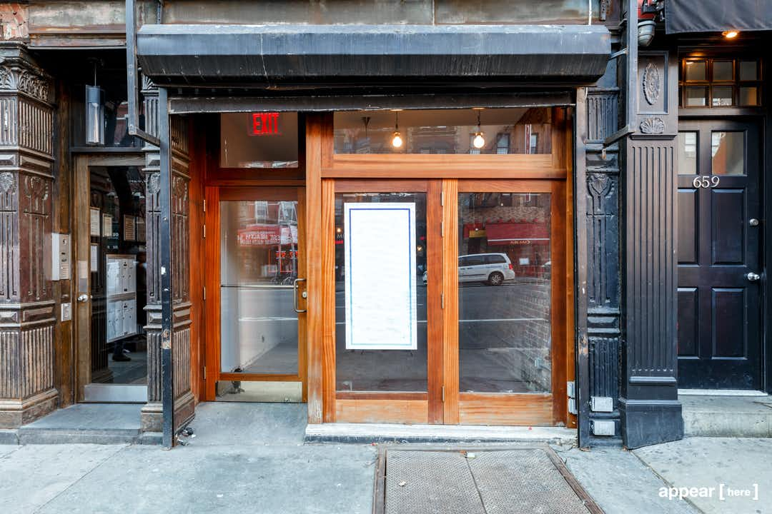 Hell's Kitchen, 9th Avenue – Red Brick Boutique