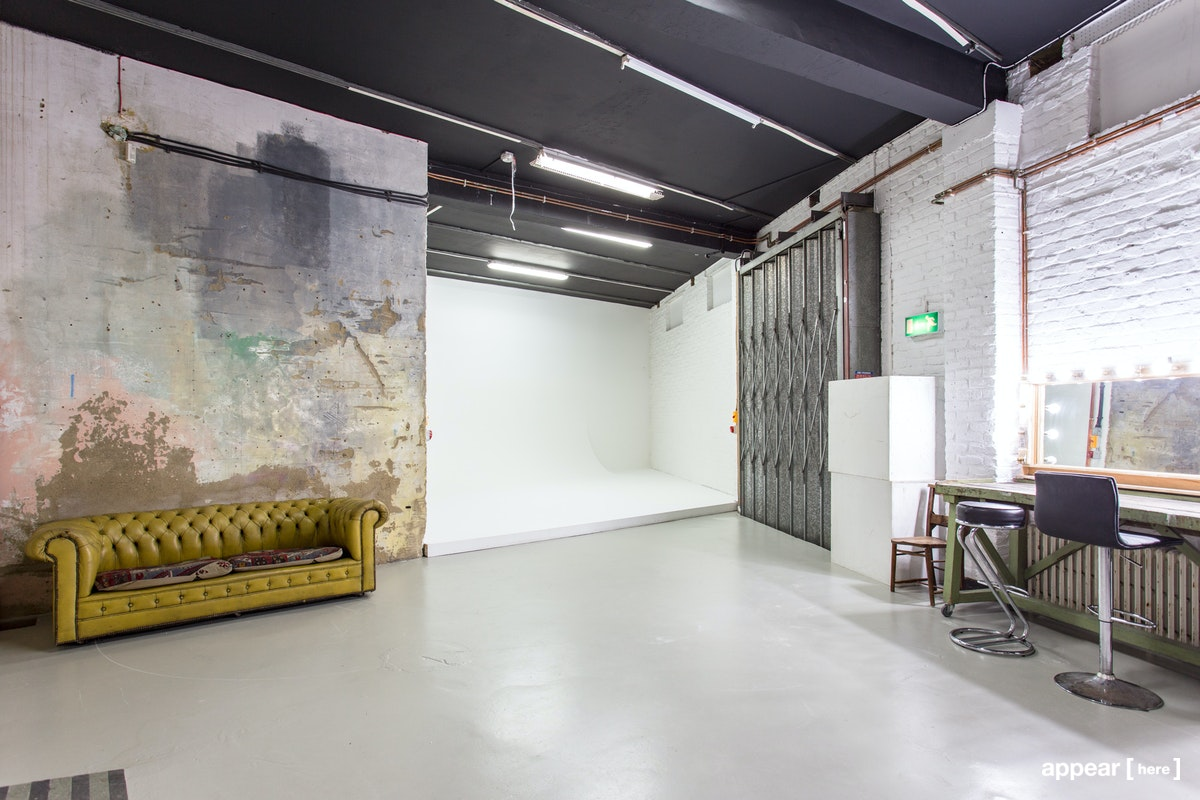 Studio 2, Apiary Studios, 458 Hackney Rd, London