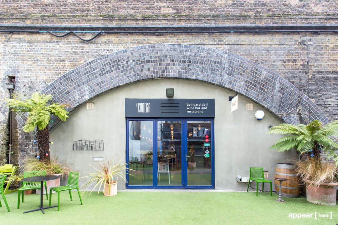 Café, Westgate Street , London