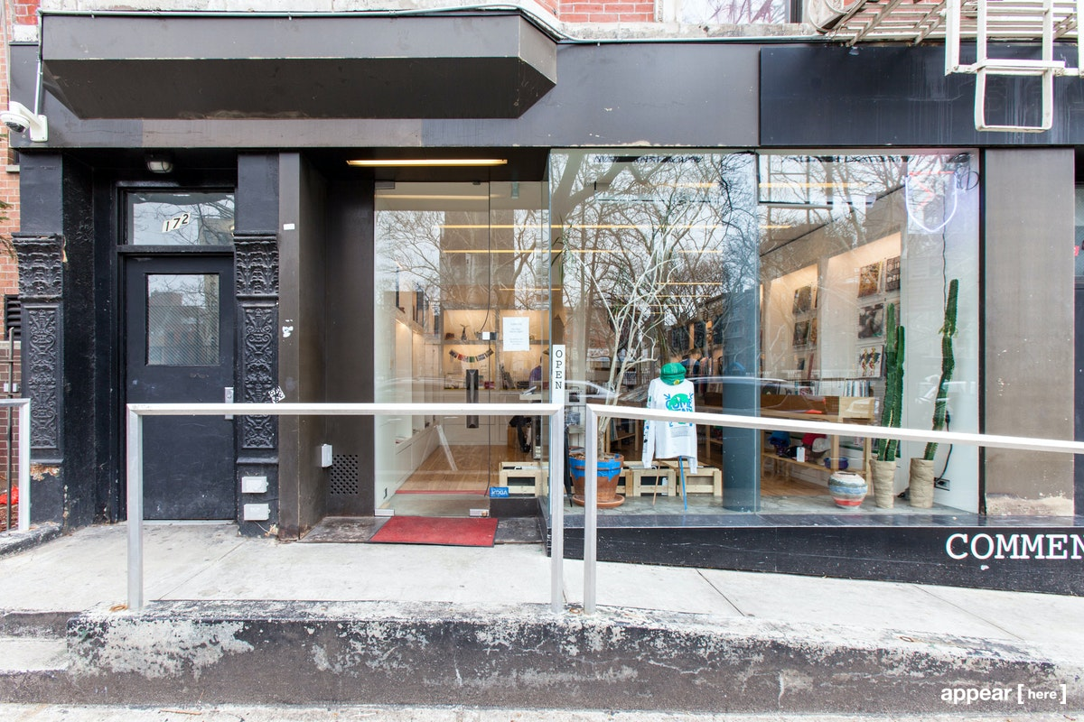Forsyth Street, Lower East Side – Black and Glass Storefront