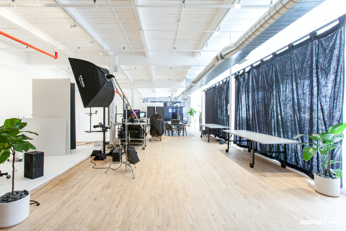 Long Island City – Spacious Showroom on 21st Street
