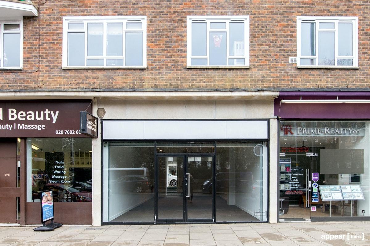 Kensington High Street - Shop & Basement