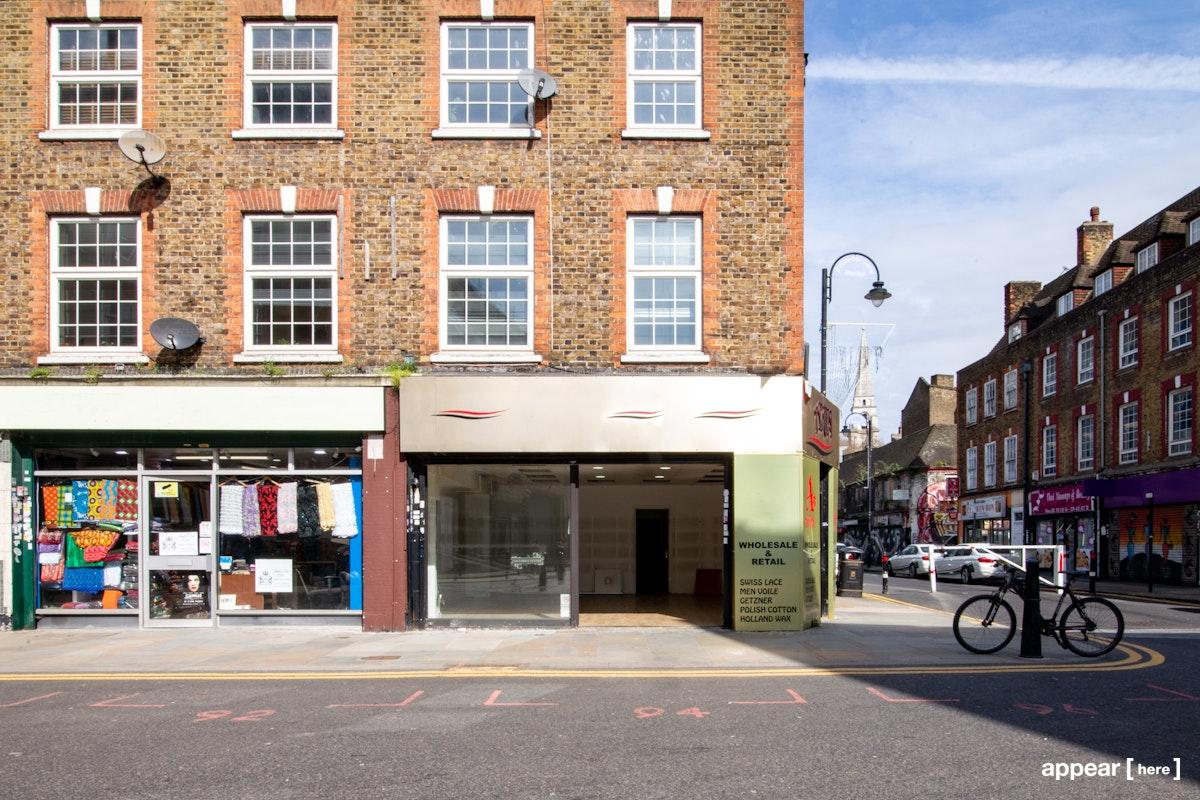 The Spitalfields Corner Shop – Wentworth Street