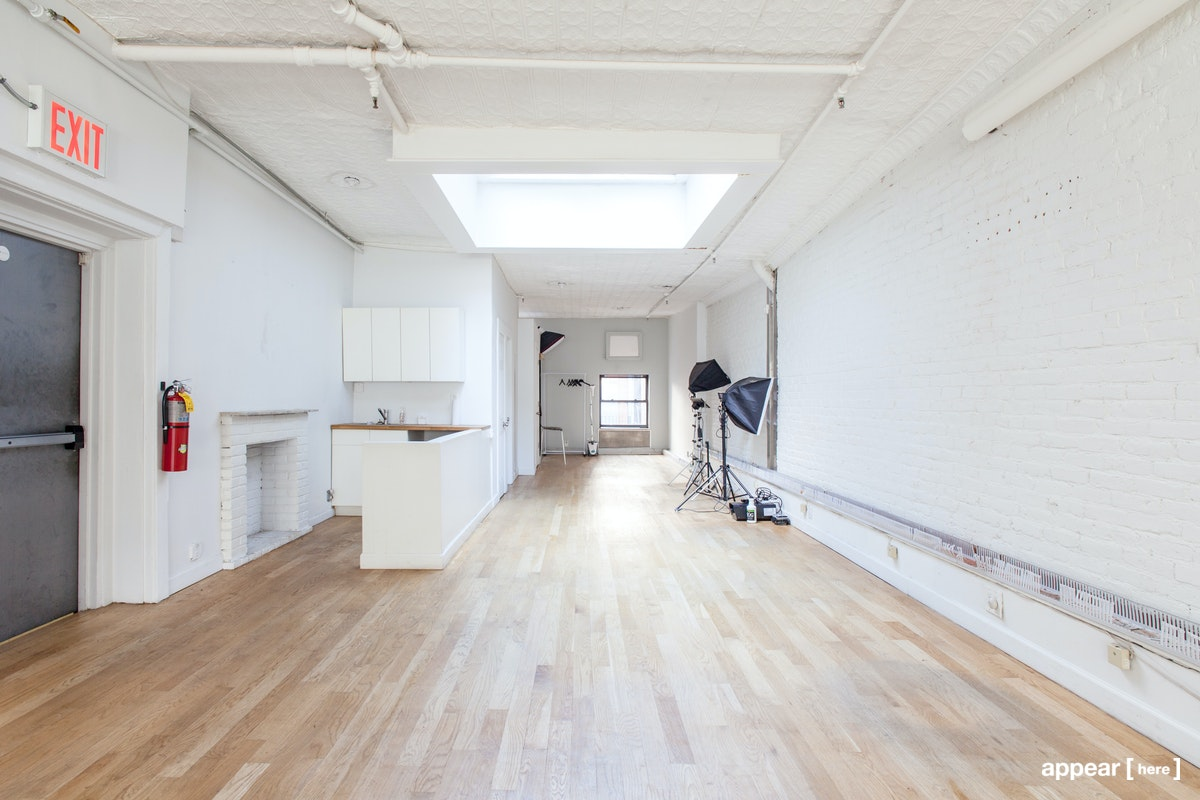 Midtown's Exposed Brick Gallery