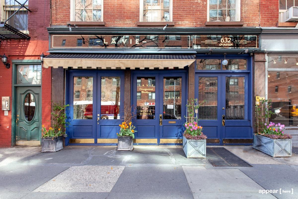 Bustling sophisticated shop front in West Village