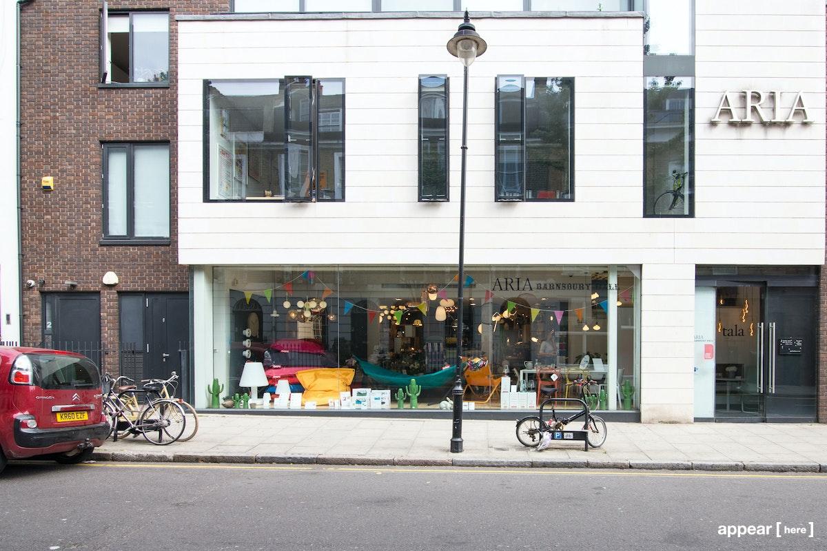 Barnsbury Street, Islington – Contemporary Shop Share