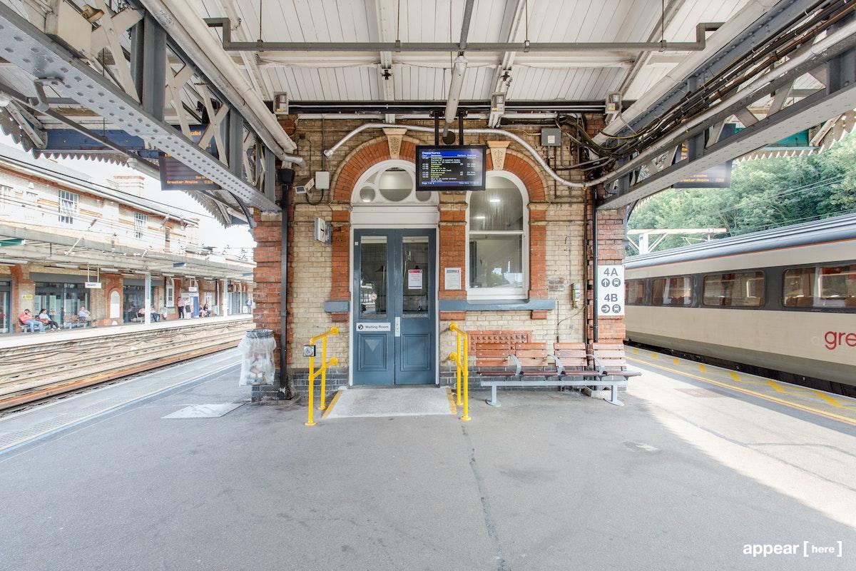 Ipswich Station platform 3 & 4, Ipswich