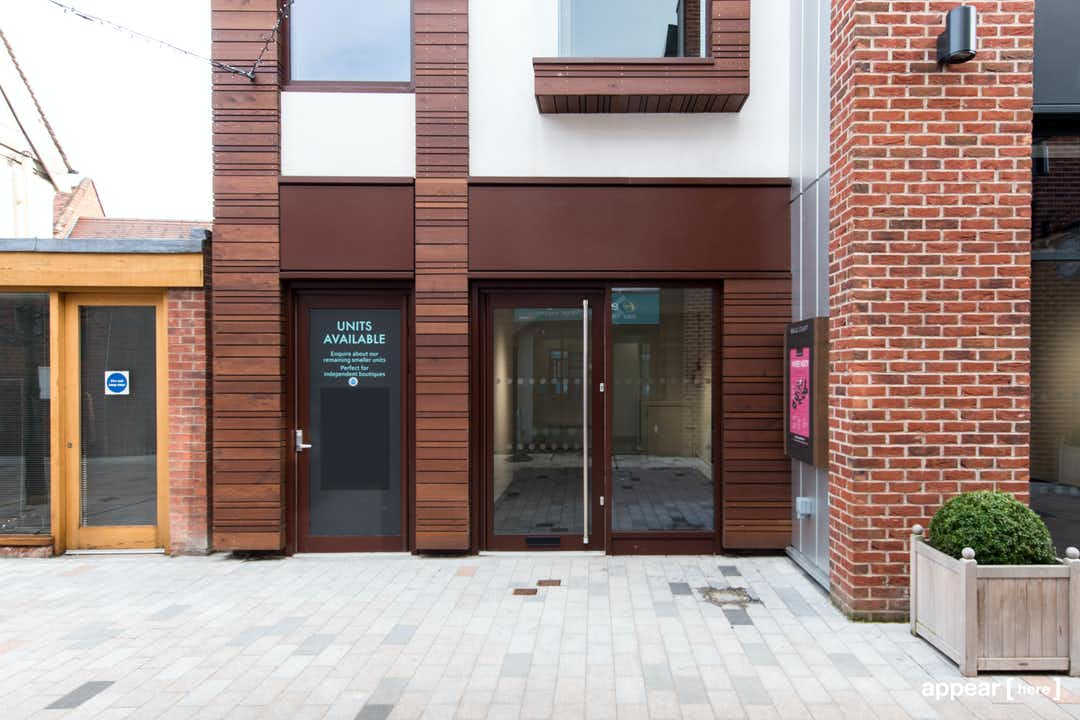 Stratford-Upon-Avon – Bell Court Shopping Centre Space