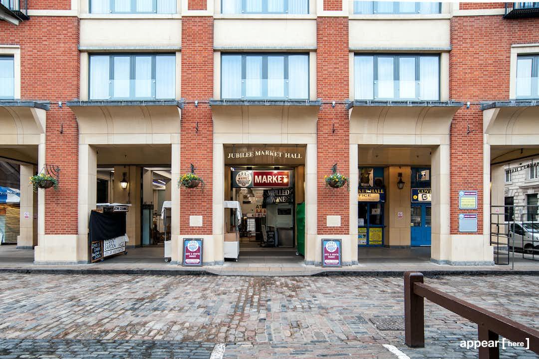 Tavistock Court, Covent Garden - Sunday Market Stall