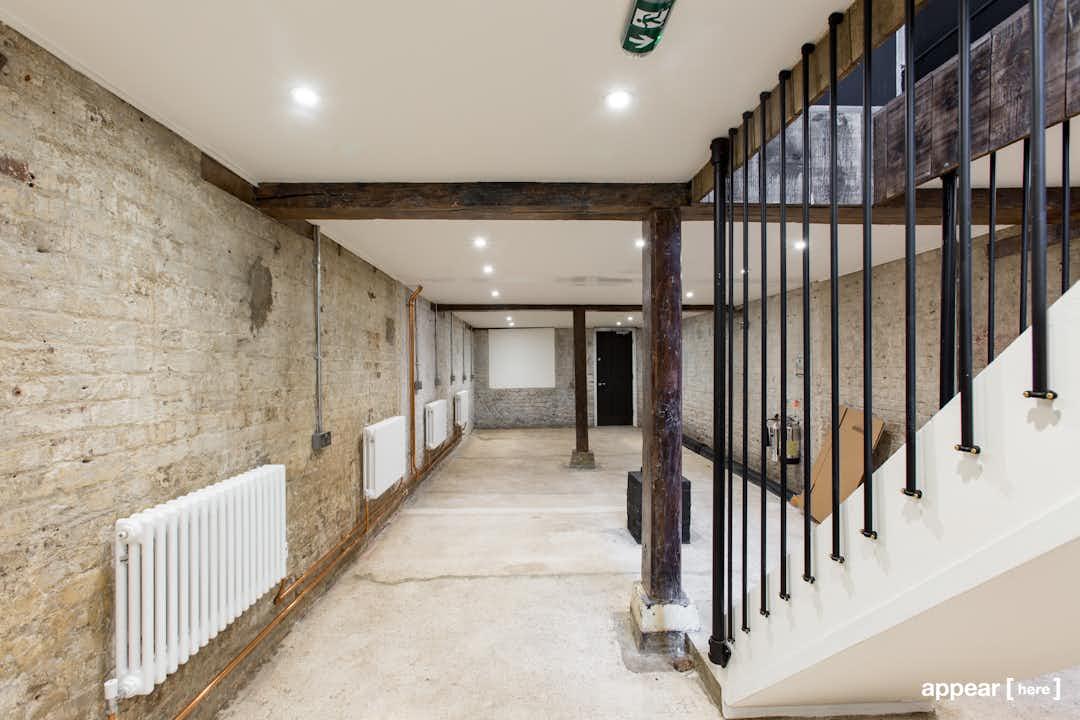 Shoreditch High Street – Gallery-Style Basement