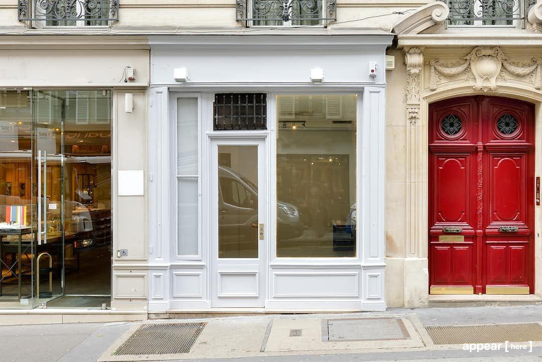 54 rue Bonaparte, Saint-Germain des Prés, Paris