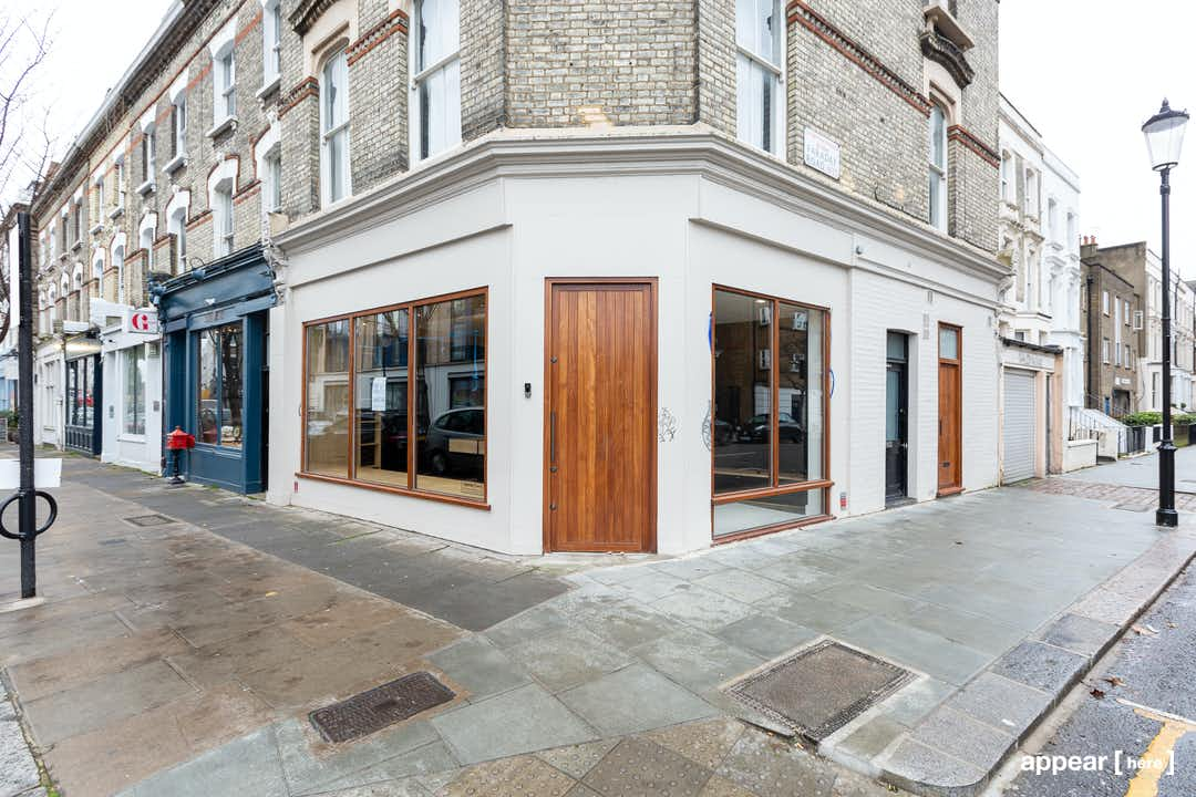 Js Auto Manchester >> Rent a space | Portobello Road, Notting Hill - The Corner ...