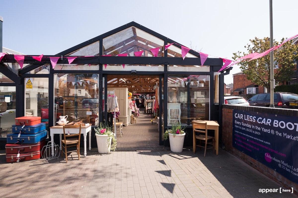 Cheltenham Market - Market Stall
